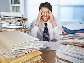 日常哪些因素容易导致强迫症发病